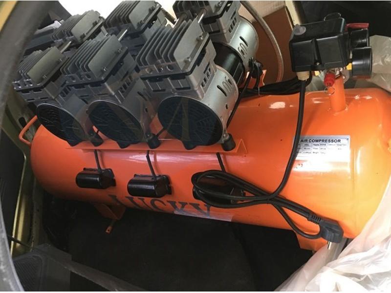 Máy nén khí không dầu 150 lít 6Hp Lucky H6 3 motor hoạt động ổn định